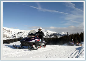 Denver Snowmobiling Tours & Snowmobile Rentals